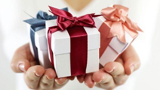 Gorgeous Rakhi Gift Ideas for Sister